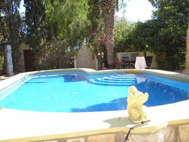 Casa con piscina climatizada a 1 km del mar all spain for Casa con piscina climatizada