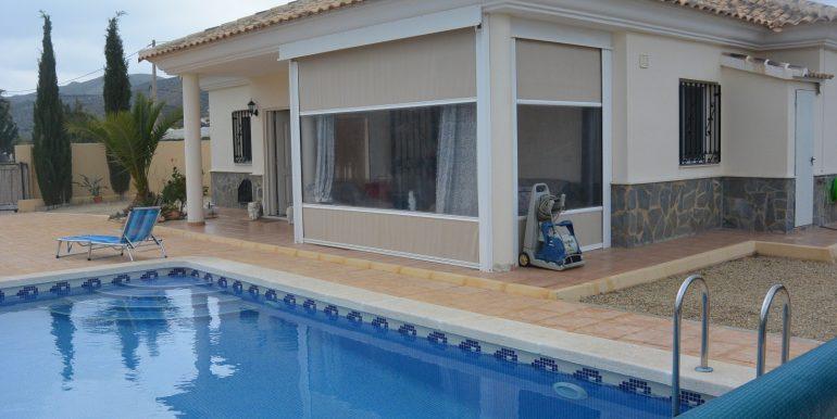 pool y casa 2